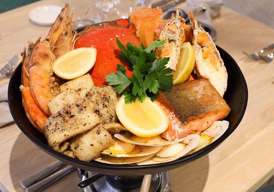 Tweed Heads, ออสเตรเลีย: Harbour Fresh Seafood Tasting Selection