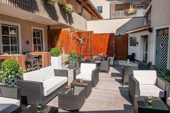 Gartenlounge  Garten Lounge Restaurant Langwies Hallein - Picture of Gasthof ...