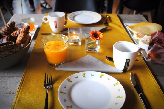 Zedelgem, Belgium: breakfast at LKKRS