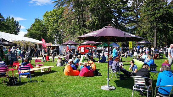 picnic entertainment and hawk s bay Napier is the well known art deco town in the hawkes bay trendy restaurants and entertainment picnic spots the trails link napier.