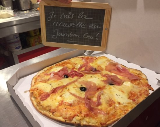 notre pizza xxl au fromage picture of camion pizza saint james montelimar tripadvisor. Black Bedroom Furniture Sets. Home Design Ideas