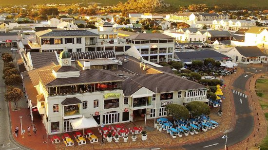 Hermanus, Sudáfrica: Aerial view of Village Square