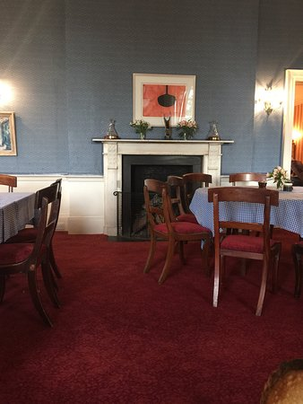 Lovely Country House, local food