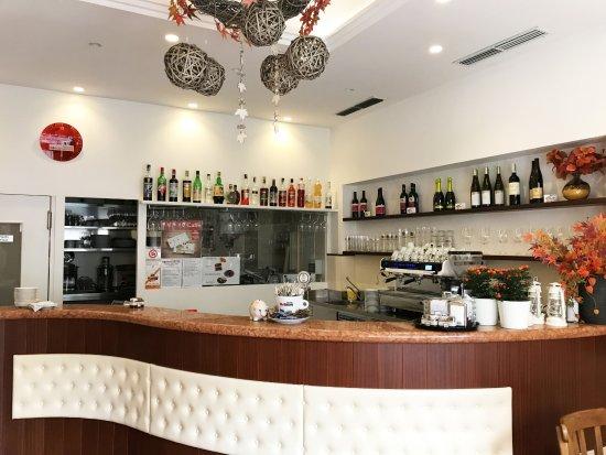 Kleine Snacks - Picture of Rosengarten Bar, Bolzano - TripAdvisor