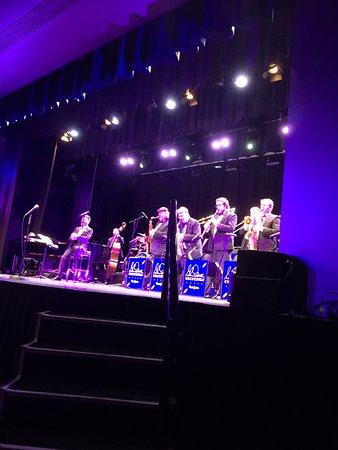 Caloundra, Australia: Glenn Miller band