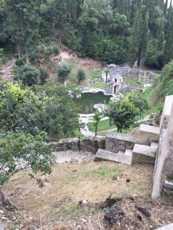 Il Vittoriale degli Italiani: ziemlich verwahrloste Teichanlage