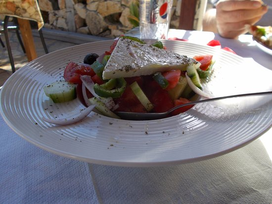 Perigiali, Grécia: Greek salad- Yum!
