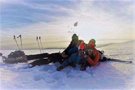 SnowMonkey Ski & Snb School & Rental