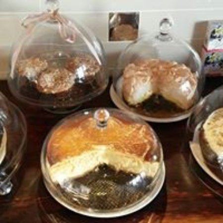 Caledon, Südafrika: Our famous cakes!