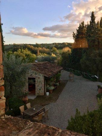 Tenuta Sant'Ilario: In dem kleinen Gebäude ist die Rezeption untergebracht