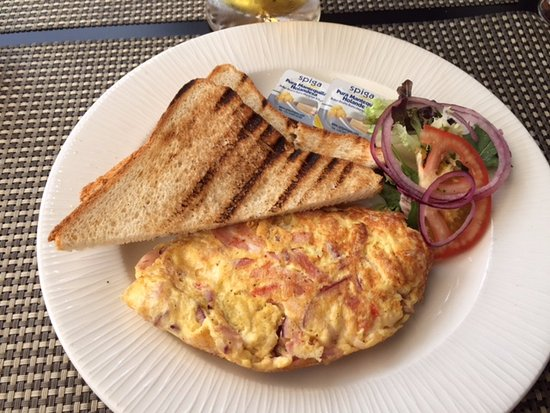 ‪‪Harbour Club Restaurant‬: Omlette‬