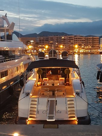Hotel Cartago Ibiza: Ibiza Town harbour