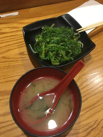 Fairhaven, MA: Miso soup and seaweed salad