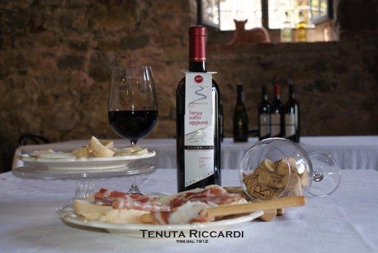 Tenuta Riccardi - Vini dal 1912