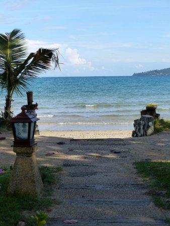 La plage à 5 mètres de notre chambre
