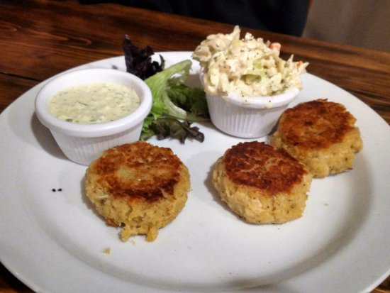 Plainfield, NH: Crab Cakes
