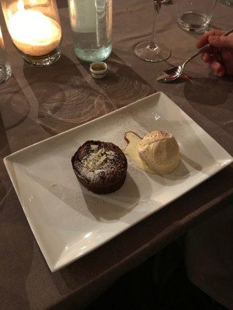 Custoza, Italien: Tortino al cioccolato con cuore caldo