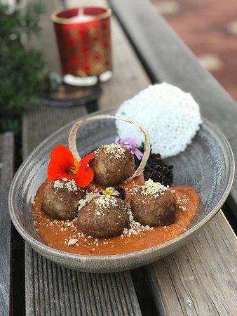Inglewood, Australia: Chakra's Malai Kofta with  black rice