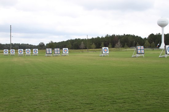 Newberry, FL: Outdoor range offers distances out to 80 yards/70 meters