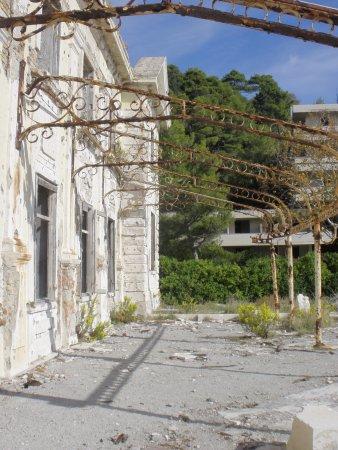 The Once Grand Hotel Bild Von Beach Kupari Dubrovnik Tripadvisor