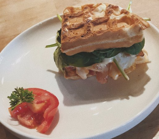 Rumbletum Café & Gifts: Grilled Egg Sandwich