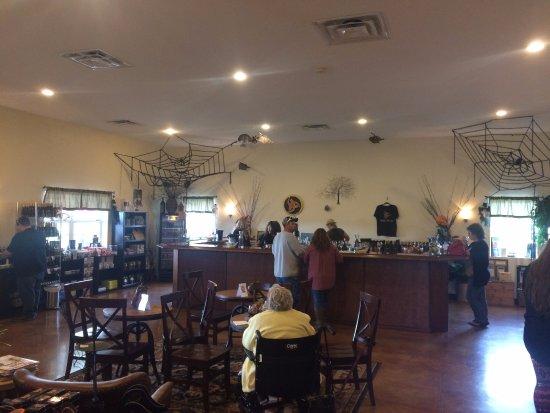 Burt, Νέα Υόρκη: inside bar area
