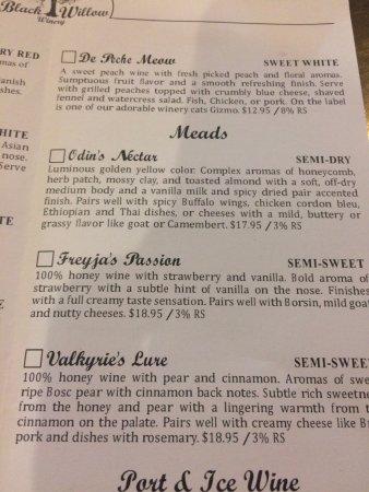 Burt, NY: tasting selections