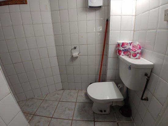 Salle de bain commune picture of budget guest house for Budget salle de bain