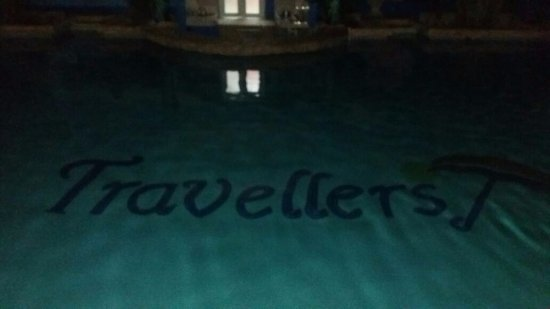 Travellers Beach Resort: loved the name in the pool