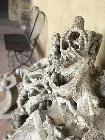 Monastere Royal de Brou : les dentelles de brou
