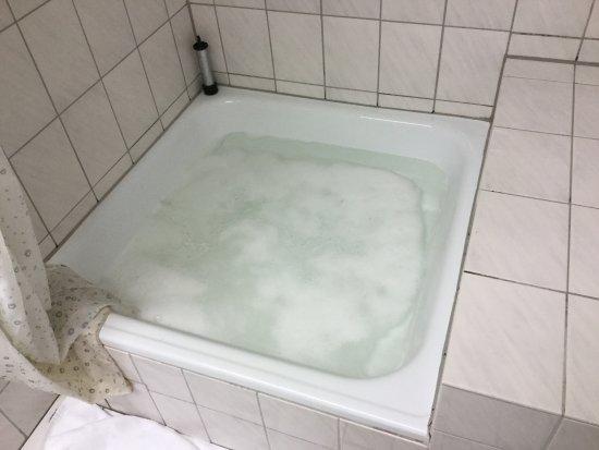 SORAT Hotel Ambassador Berlin: According the Sorat Ambassador Hotel, this is not a legitimate complaint.