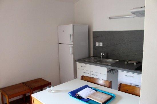 Roquebrun, Francia: Salle à manger / Cuisine