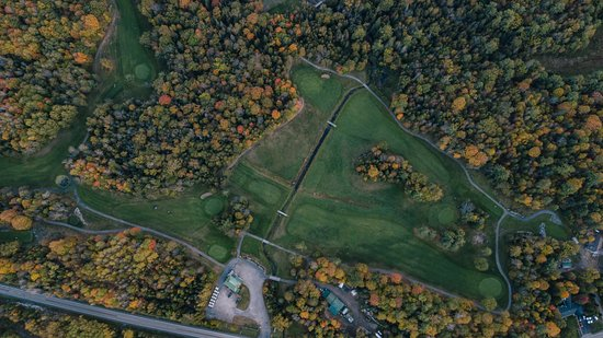 Lanark, Canadá: Drone view of the Blue Heron Golf Club
