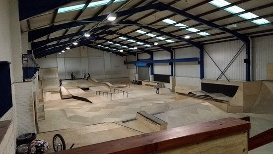 ‪Unit3sixty Indoor Skatepark‬