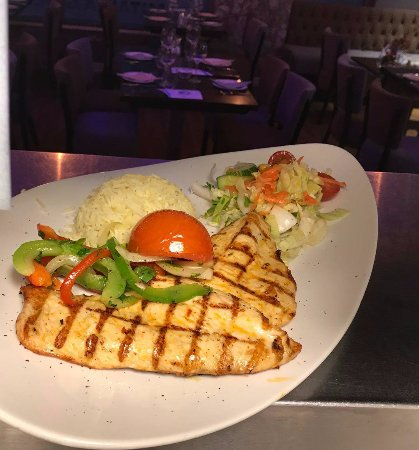 Prestwich, UK: Chargrilled Chicken Breast