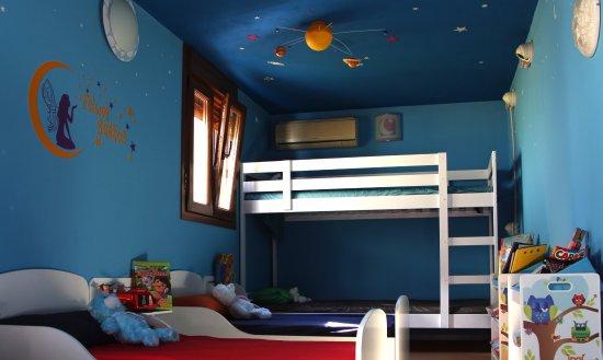 Hotel Infantil Picture Of Educastle Gines Tripadvisor