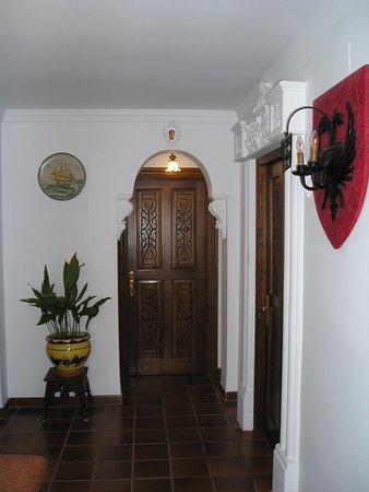 Hotel San Gabriel: Hallway