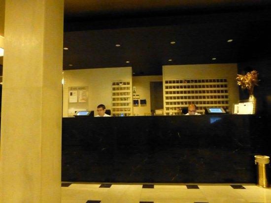 Regente Hotel: Conserjeria