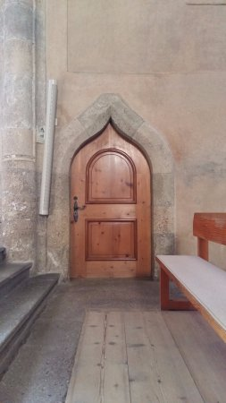 Benedictine Convent of Saint John Müstair: Detalhe da porta
