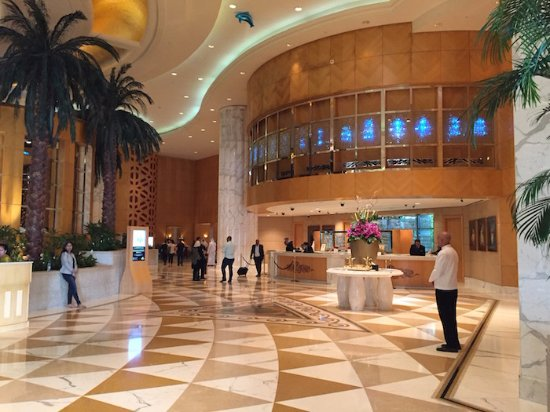 Grand Hyatt Dubai: Hotel & grounds