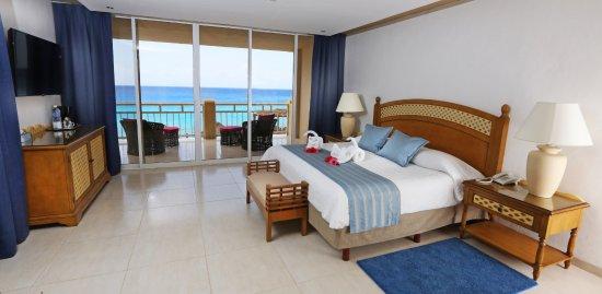 Playa Azul Golf, Scuba, Spa: Ocean front family suite