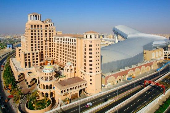 مول الامارات الاماكن السياحية في دبي الامارات