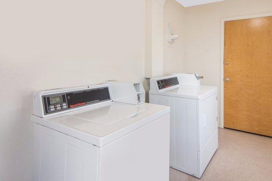 Farmington, Μιζούρι: Guest laundry