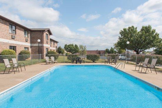 Farmington, Μιζούρι: Outdooe pool