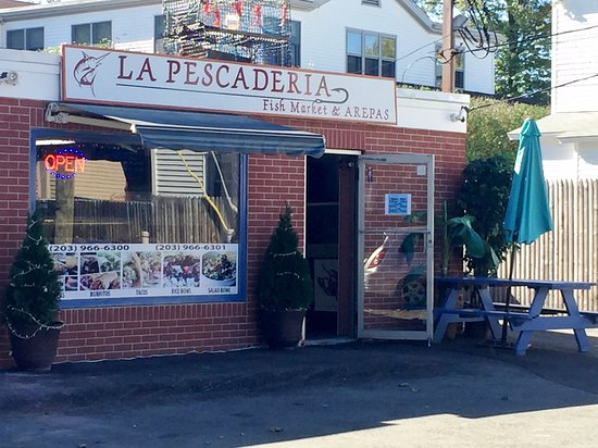 La pescaderia fish market arepas new canaan ct for Fish market ct