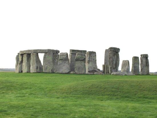 Salisbury & Stonehenge Guided Tours: photo1.jpg