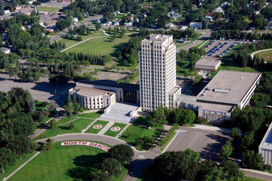 "Bismarck, ND: ND State Capitol, the ""Skyscraper of the Prairie"""