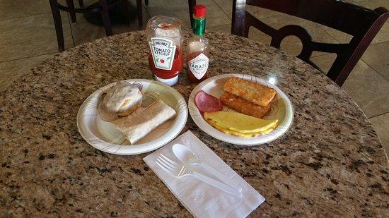 Nogales, AZ: Hot Breakfast