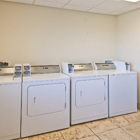 Nogales, AZ: Guest Laundry