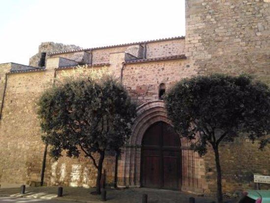 Baga, Spain: Portal